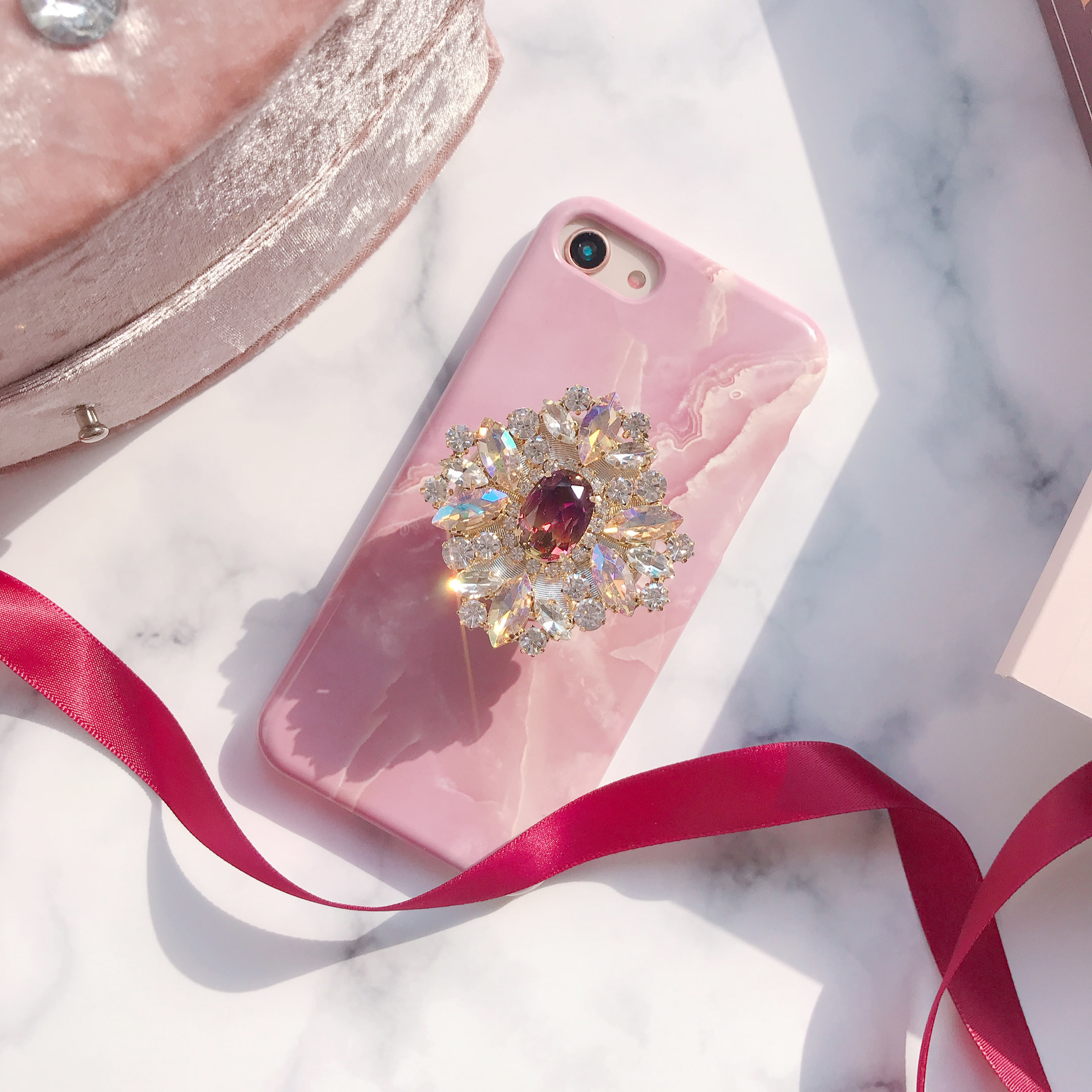 pale lustre phone case